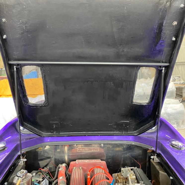 ロータスヨーロッパ専用エンジンフード ダンパー取付キット